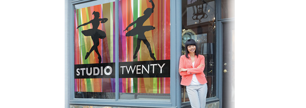 Window Graphics Studio TwentyOne