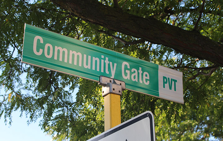 Street Sign End Mount Bracket